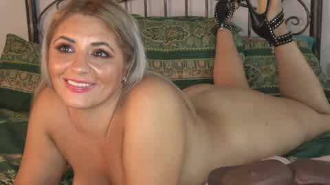 1 rose finger my ass and pussy 1 bear creamy cum 1 clutch squirt anal | Cherry.tv